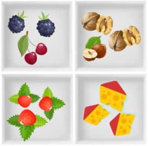 4 Fächer Lunchbox mit verschiedenen Snacks wie Käse, Nüsse