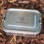 Happy Goods Edelstahl Brotdose auf Boden